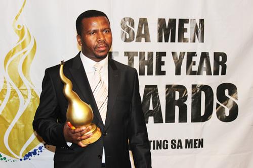 Bishop-ND-Nhlapo-SA-Man-of-the-year-2015-Winner-3
