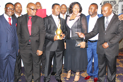 Bishop-ND-Nhlapo-SA-Man-of-the-year-2015-Winner-4