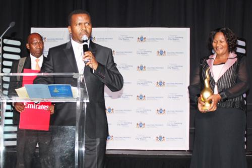 Bishop-ND-Nhlapo-SA-Man-of-the-year-2015-Winner-5