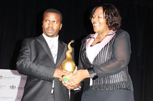 Bishop-ND-Nhlapo-SA-Man-of-the-year-2015-Winner-6