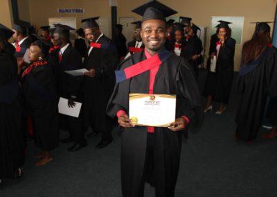 god nevers fails 2017 graduation (1)