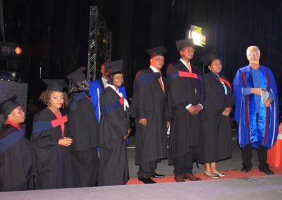 god nevers fails 2017 graduation (18)