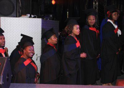 god nevers fails 2017 graduation (34)