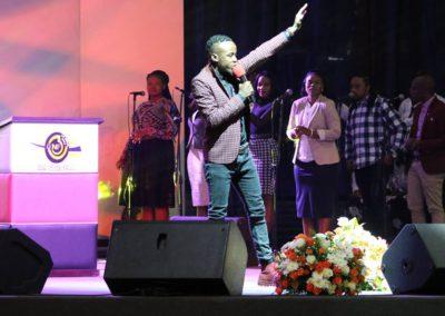 god nevers fails worship (32)