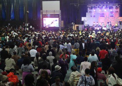 god nevers fails worship team (11)