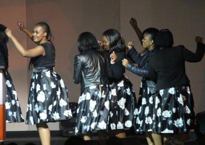 god nevers fails worship team (2)