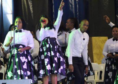 god nevers fails worship team (20)
