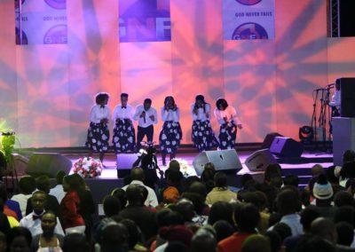god nevers fails worship team (24)